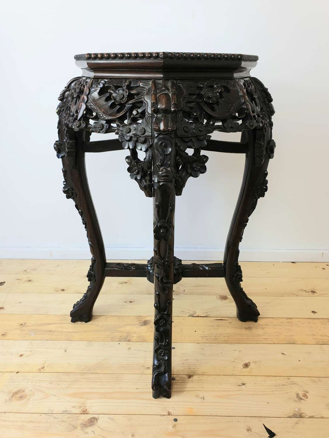 Late 19th Century Chinese Qing Dynasty Carved Jardiniere Stand Table