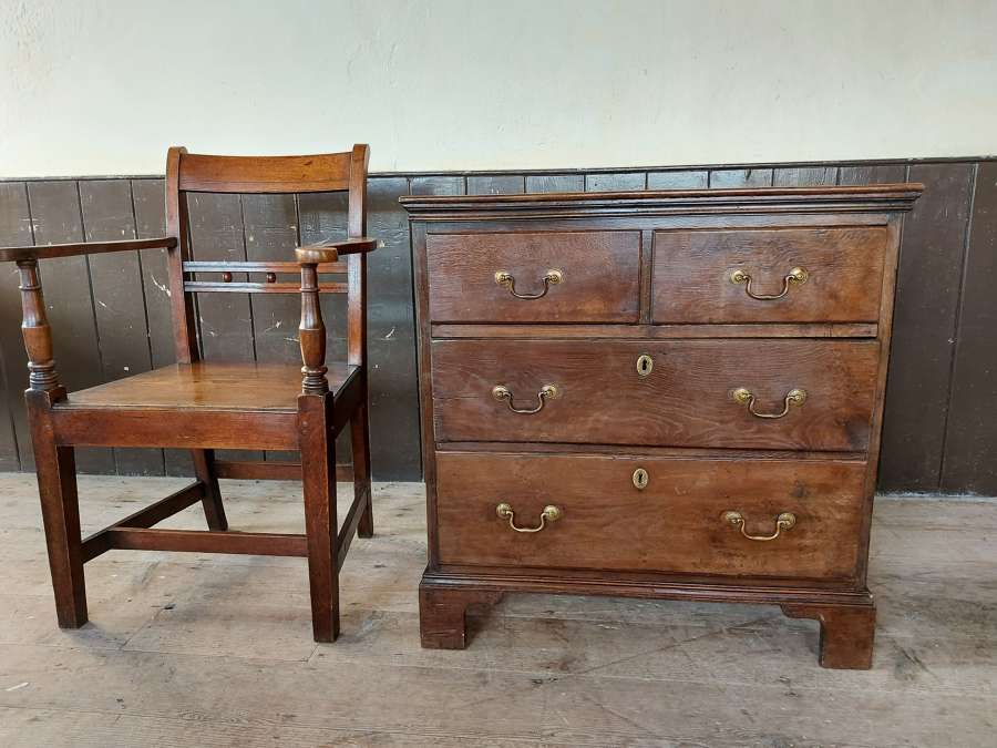18th Century Small Welsh Oak Chest of Drawers