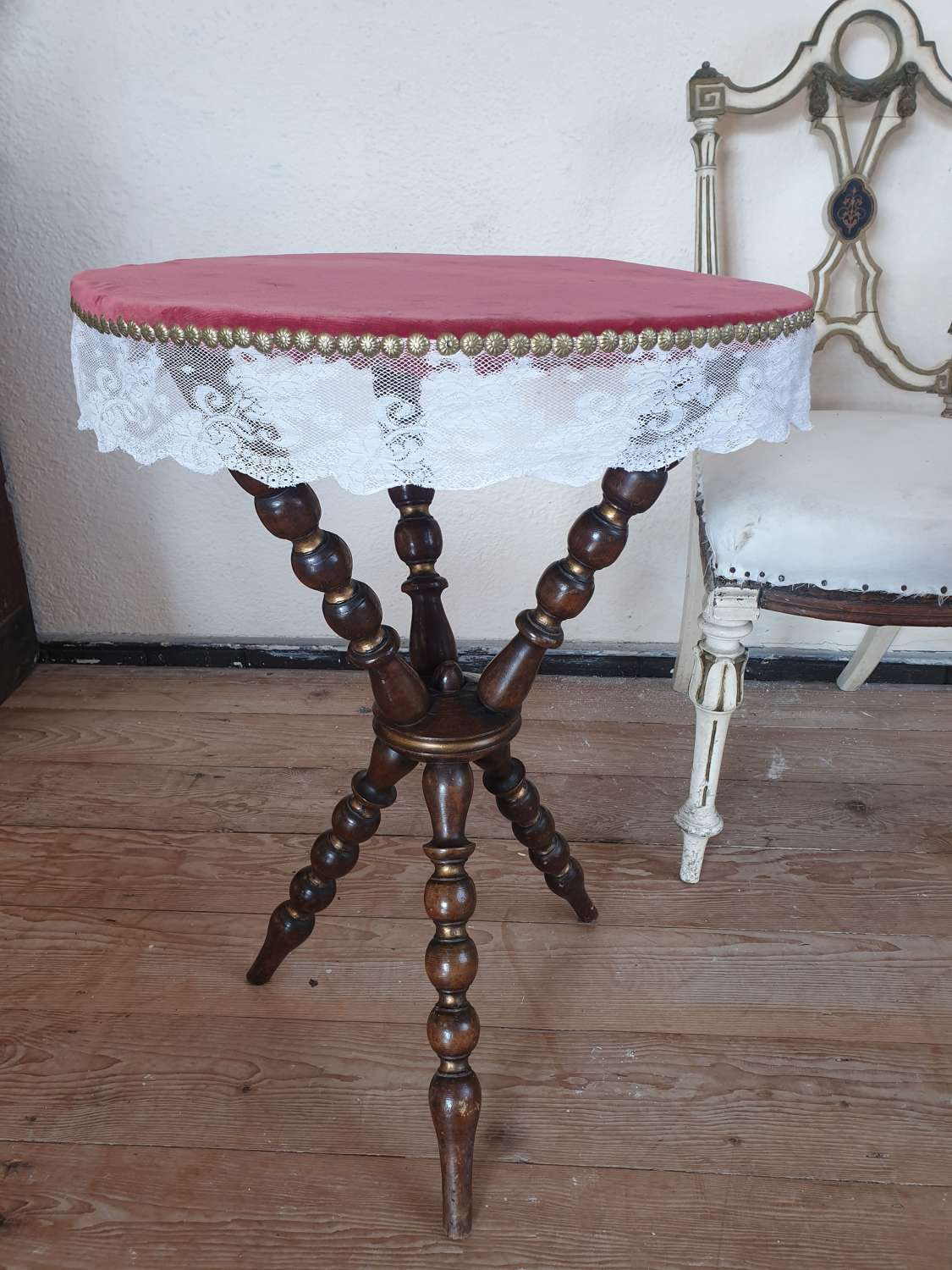 Early 20th Century Gypsy Table
